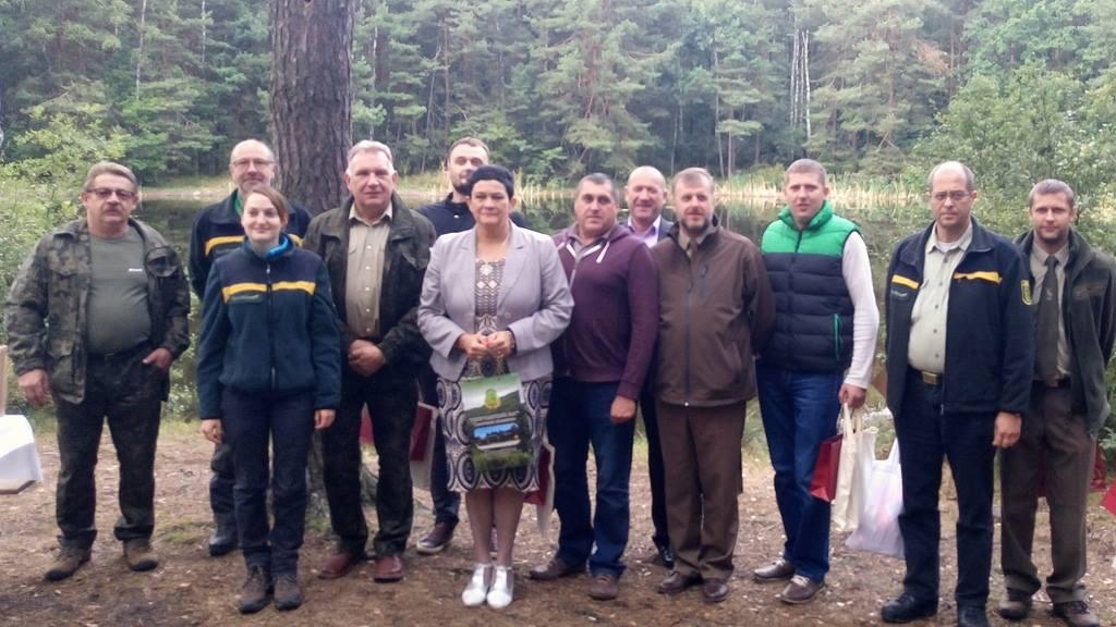 Niemiecka prasa o wizycie leśników w Powiecie Łaskim