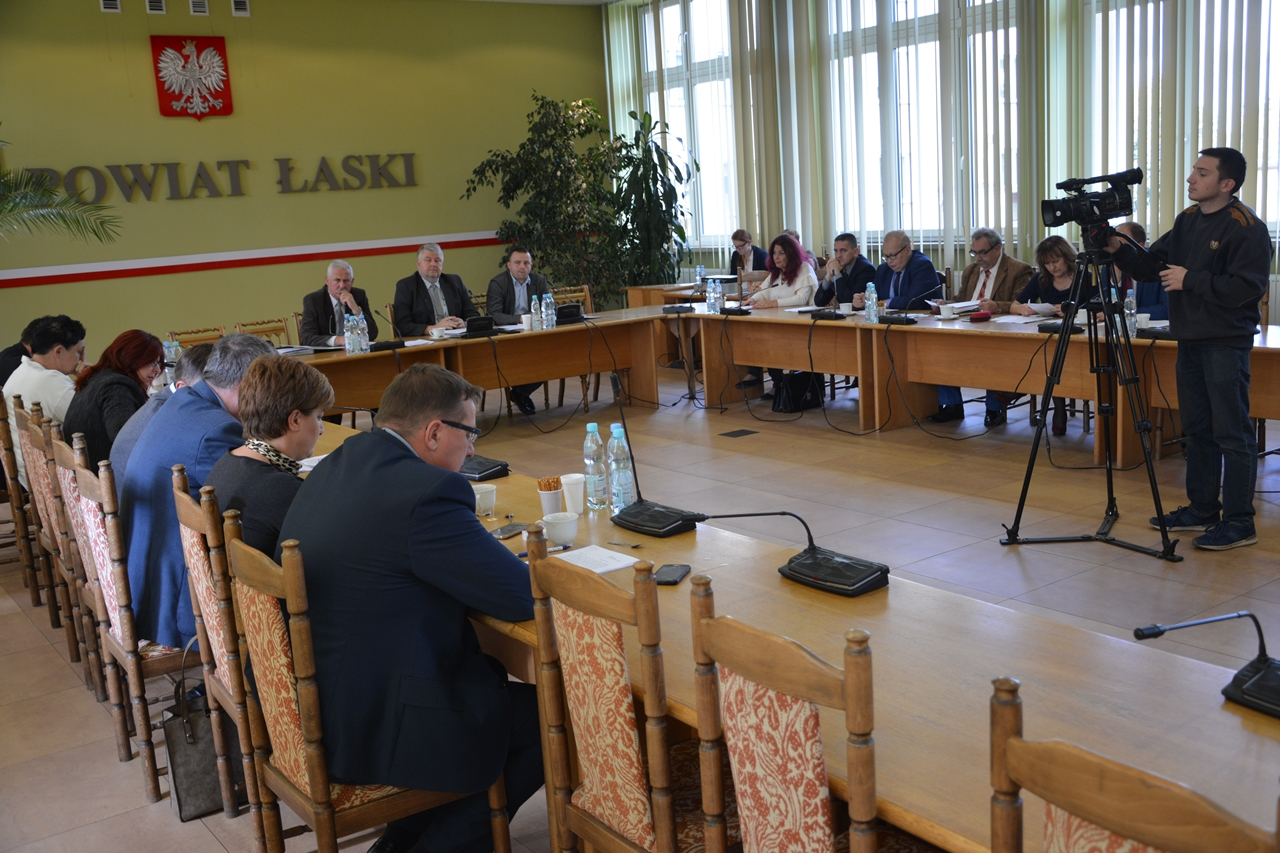 XLIII sesja Rady Powiatu Łaskiego