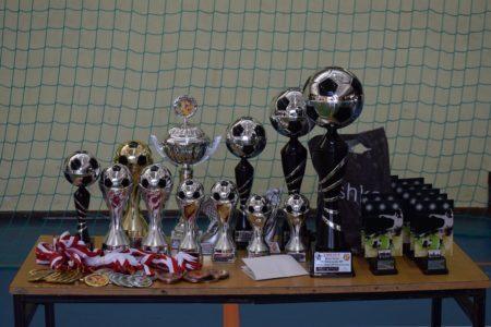 Halowy Turniej Piłki Nożnej pod patronatem Senatora RP i Starosty Łaskiego