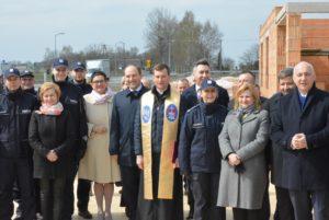 Wbudowanie aktu erekcyjnego pod budowę komisariatu w Widawie