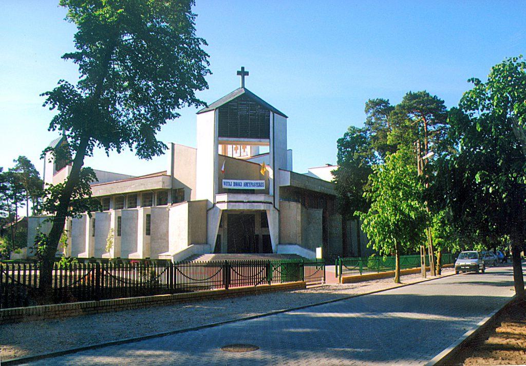 70 – lecie Parafii Wniebowzięcia NMP w Łasku – Kolumnie