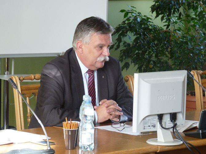 Posiedzenie Powiatowego Zespołu Zarządzania Kryzysowego w Łasku