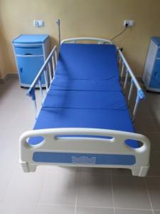 Nowoczesne łóżka w szpitalu w Łasku