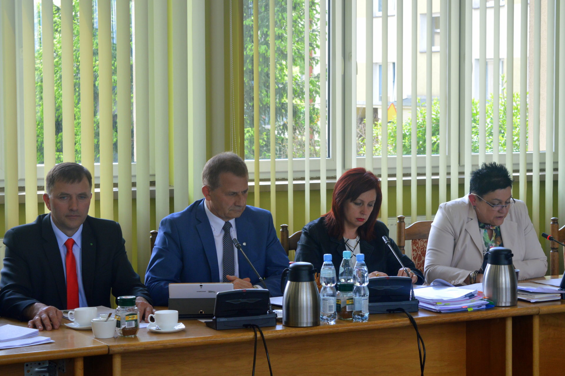Zarząd Powiatu Łaskiego z absolutorium za 2014 rok