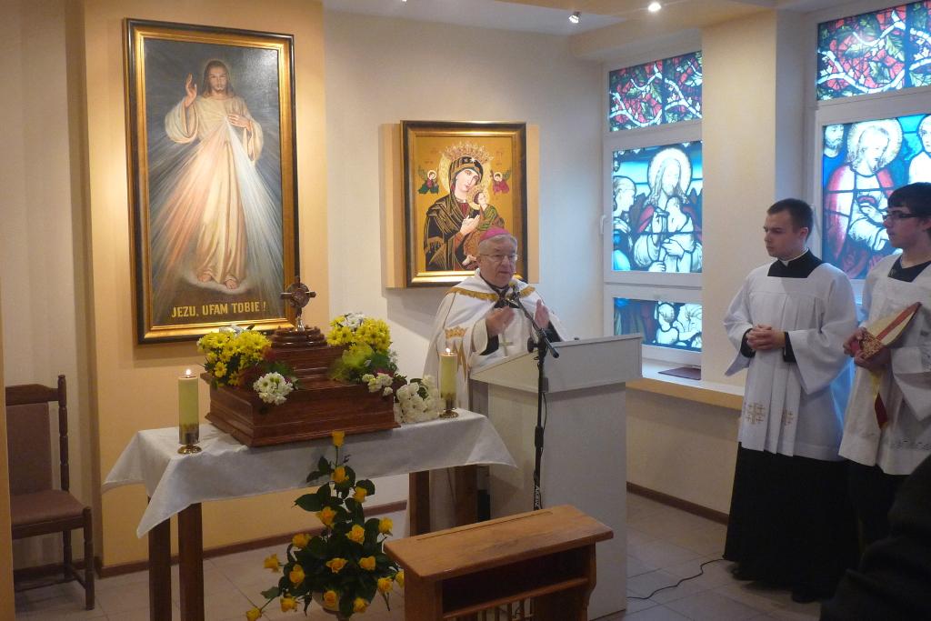 Otwarcie i poświęcenie kaplicy szpitalnej w Łasku