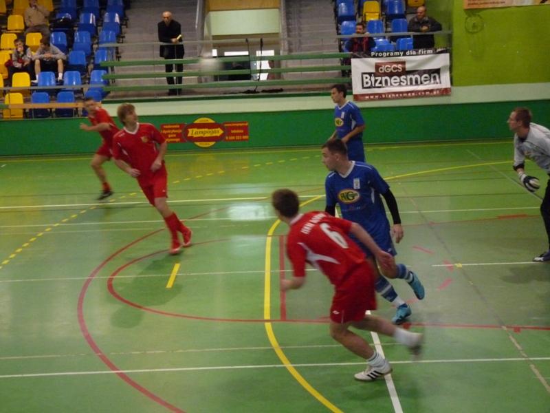 VII Świąteczny Halowy Turniej Piłki Nożnej – III Memoriał Czesława Mirosa.