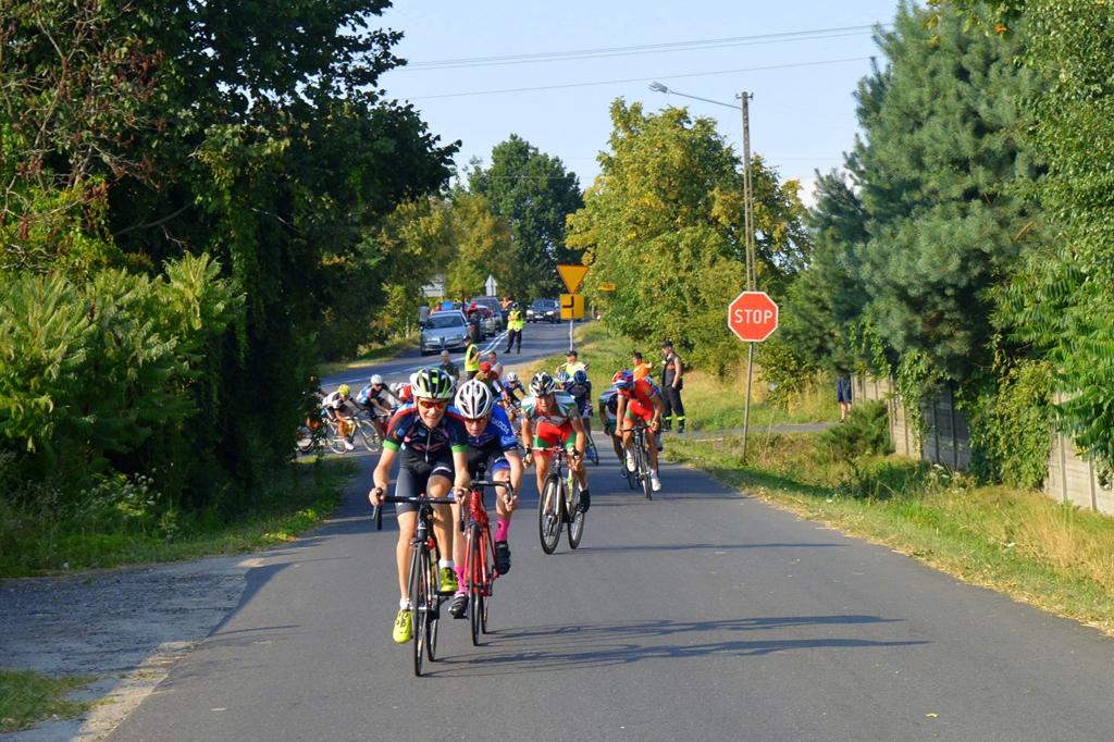 Wyścig kolarski wystartował. Białorusin pierwszym liderem!