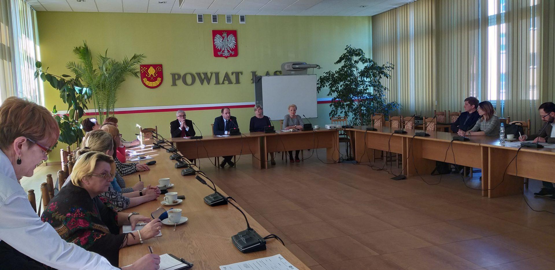 Spotkanie na temat możliwości utworzenia Zakładu Aktywności Zawodowej i Centrum Usług Społecznych