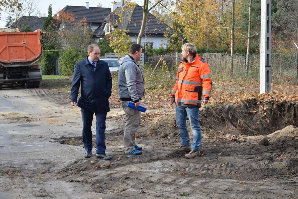 Trwa przebudowa dróg powiatowych na ul. Sportowej i Ogrodowej